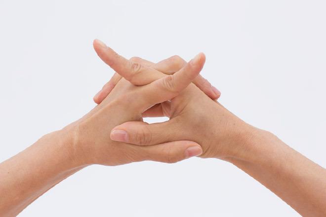 2 人さし指