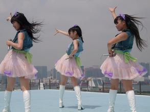 人組『キャラメル☆リボン』は、タワーレコードが送るアイドルレーベル「T-Palette Reco