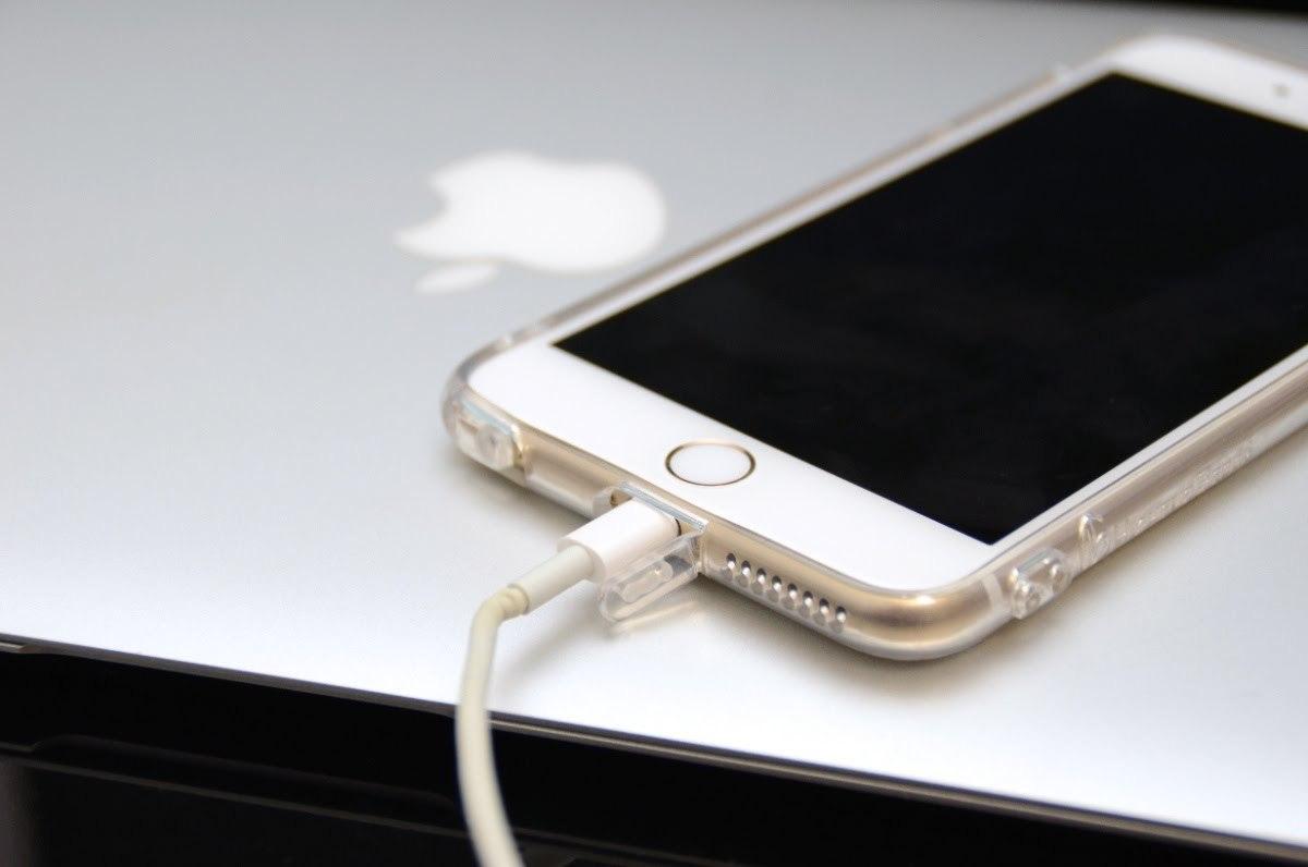 iphone 6/6 plus】簡単だけど効果大! 節電法8つ&急速充電テク(1/4