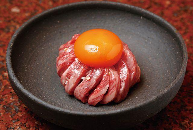 生肉のお店・厳選!/【銀座】焼肉うしごろ 銀座店 幻のうしごろユッケ 1620円