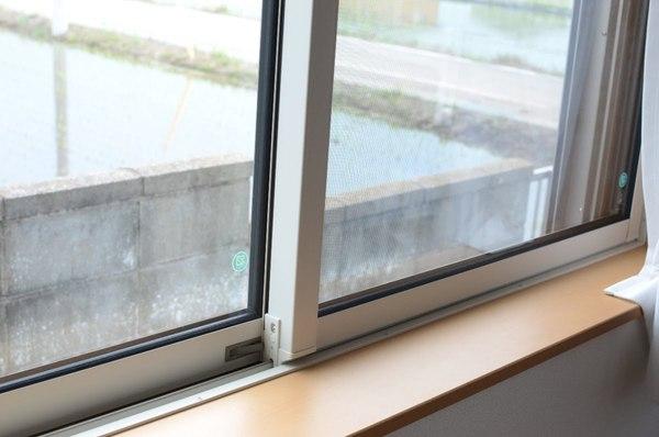 「お家 すき間 窓」の画像検索結果