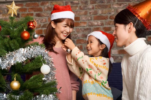 ac9e9aa7111f9 子どもたちが集まるクリスマス会などのキッズパーティーを開く予定のあるママは、メニュー決めや飾り付け、盛り付け方に悩んでいませんか?