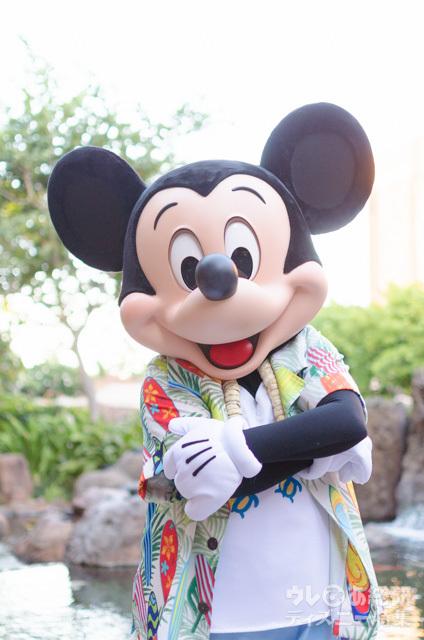 「マカヒキ」のキャラクター・ブレックファストでグリーティングできる、ミッキーマウス