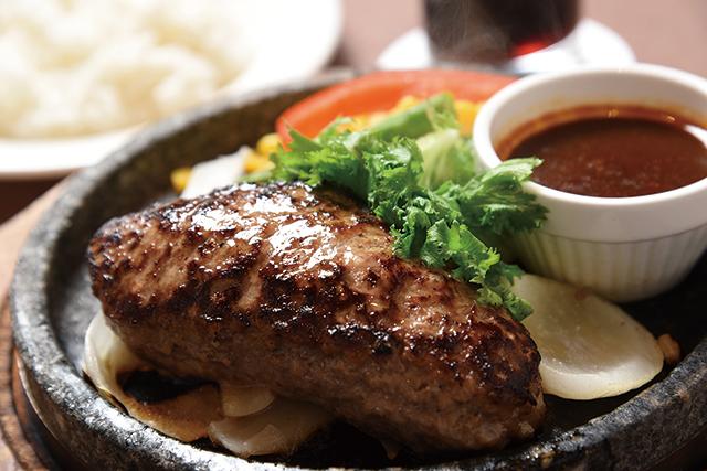 石焼手ごね牛挽き100&ハンバーグステーキ(ライス付)1,000円 ラシーン 新宿店
