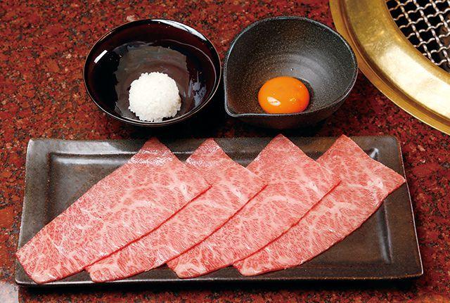 生肉のお店・厳選!/【銀座】焼肉うしごろ 銀座店 ザブトンのすき焼き 3240円