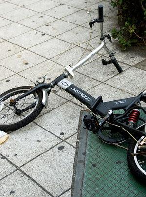 自転車の 補助輪 自転車 道路交通法 : みなさんが補助輪なし自転車に ...
