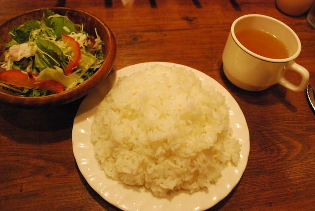 ヒーローズ・秋葉原店/3ポンドステーキ ライスもすごい!
