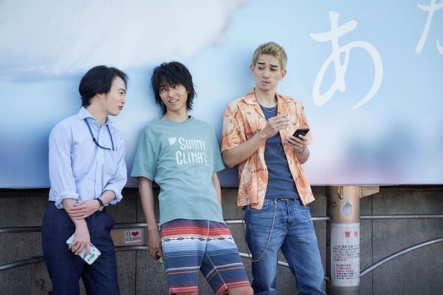 『今際の国のアリス』での森永悠希(左)、山崎賢人(中央)、町田啓太(右)