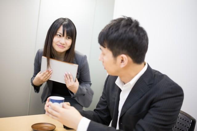 """【社内恋愛】7割以上の男性が""""OK派""""! 3つの大きなメリット&心がけたいこと"""