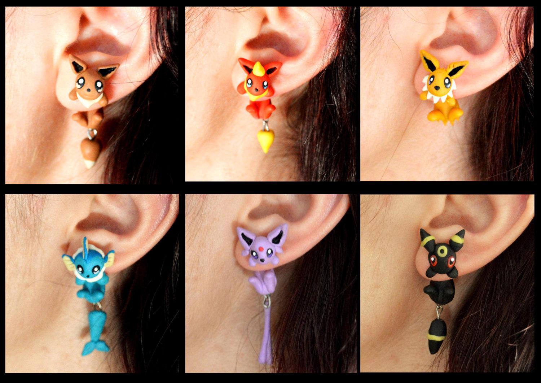 イーブイたちが耳たぶにしがみつく「ポケモン」手作りイヤリング、ブースターやエーフィなど全6種類(写真 1/5)