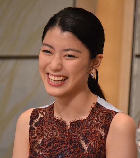 満面の笑みを浮かべる成海璃子さん