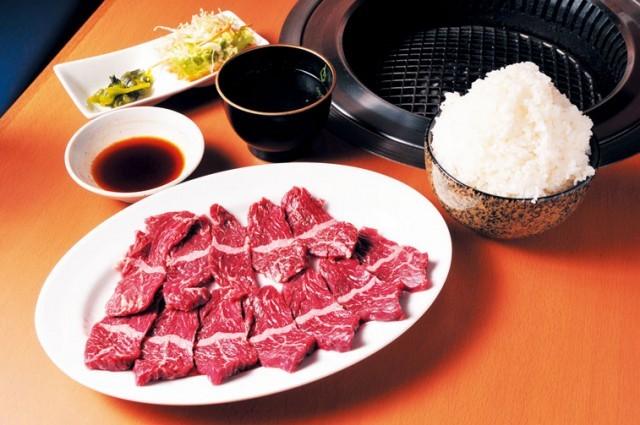 【焼肉】食べ放題1000円以下!ハラミ絨毯!超コスパ「焼肉 ...
