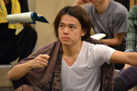 a new musical『SONG WRITERS』稽古場より。中川晃教